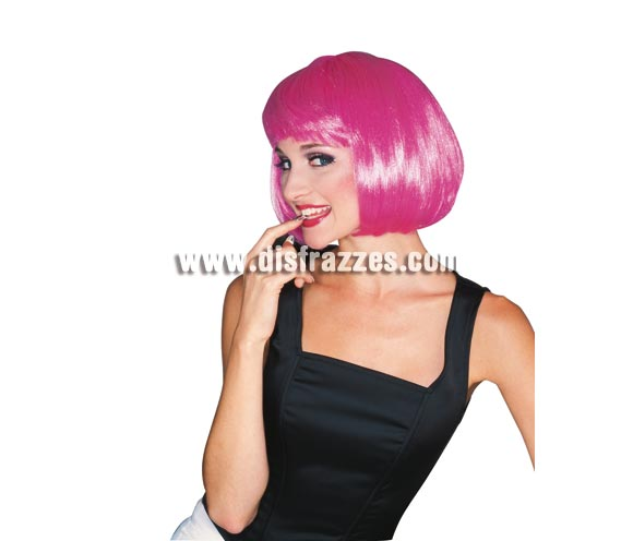 Peluca modelo Broadway de color rosa. Peluca de Charlestón de media melena lisa con flequillo rosa ideal para tu disfraz de Charlestón, de Moulin Rouge, Cabaret, etc. etc.