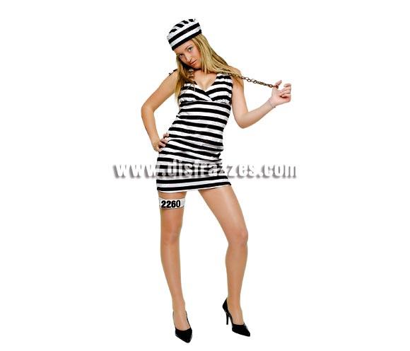 Disfraz de Presidiaria Sexy Alcatraz para chica. Talla standar. Incluye vestido, gorro y liga con números. Con éste disfraz de Presa o Prisionera sexy si no te miran es que son raros o que te tienen envidia, jejejeje.