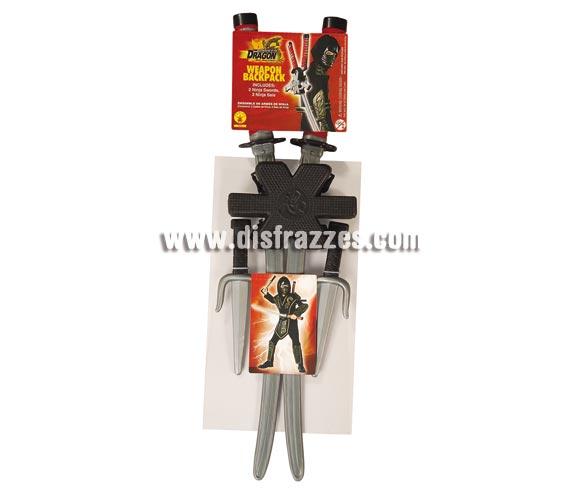 Set de accesorios de Ninja Espalda BROTHERHOOD. Incluye varias armas de Ninjas de plástico.