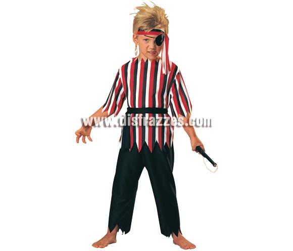 Disfraz muy barato de Pirata para niños. Talla 3 a 4 años. Incluye camisa pantalones y cinturón. NO incluye complementos ver en sección complementos. Disfraz infantil, ideal para hacer volar su imaginación y para fiestas de Carnaval.