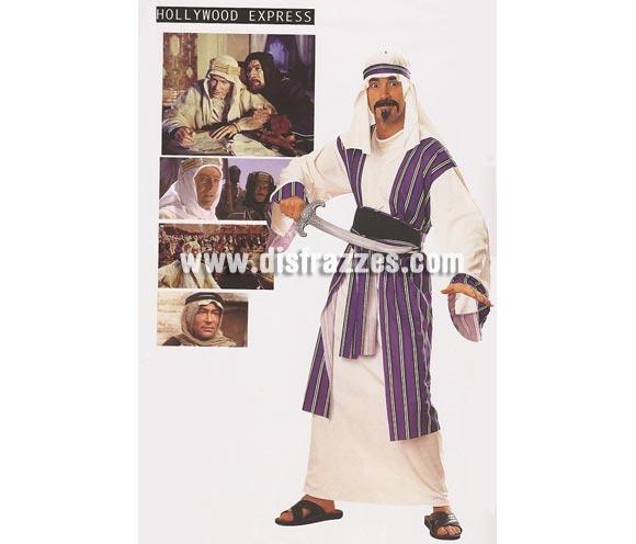 Disfraz de Príncipe del Desierto para hombre. Talla standar. Incluye túnica, cinturón y pañuelo para la cabeza. Espada NO incluida, podrás verla en la sección Complementos. Para ir disfrazado de Lawrence de Arabia.