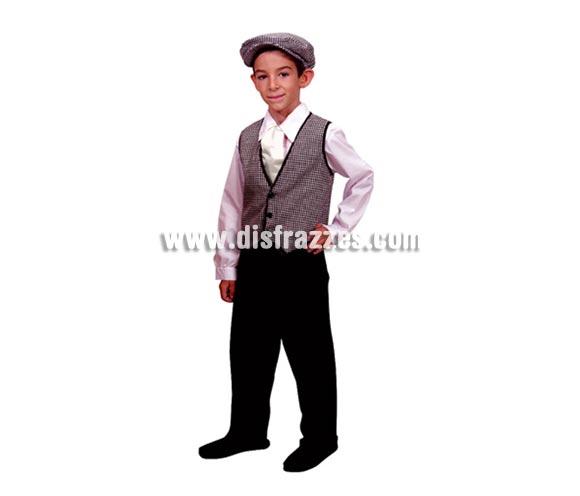 Disfraz de Madrileño para niños de 10 a 12 años. Incluye chaleco, pantalón, camisa, pañuelo y gorra. Éste traje de Chulapo infantil es ideal para la Feria de San Isidro de Madrid.
