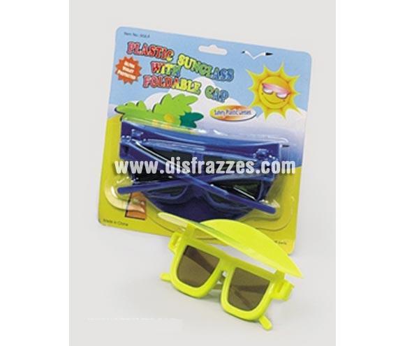 Gafas de sol con visera abatible. Cuatro colores surtidos. Precio por unidad, se venden por separado. Perfectas para Fiestas de Verano, con una Camisa Hawaiana estarás muy gracioso, jejeje.
