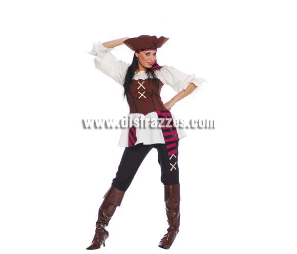 Disfraz de Pirata adulta para chicas. Talla standar válida hasta la 42/44. Incluye sombrero, cinta de la cabeza, camisa, pantalón y cubrebotas.