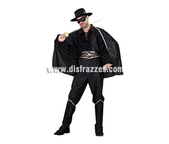Disfraz de Héroe Enmascarado para hombre. Talla standar M-L 52/54. Incluye sombrero, capa, camisa, pantalón, cubrebotas y cinturón. Espada y antifaz NO incluidos, los verás en Complementos. Con éste disfraz tan cachondo, harás el Zorro todo lo que puedas y más, jejeje.