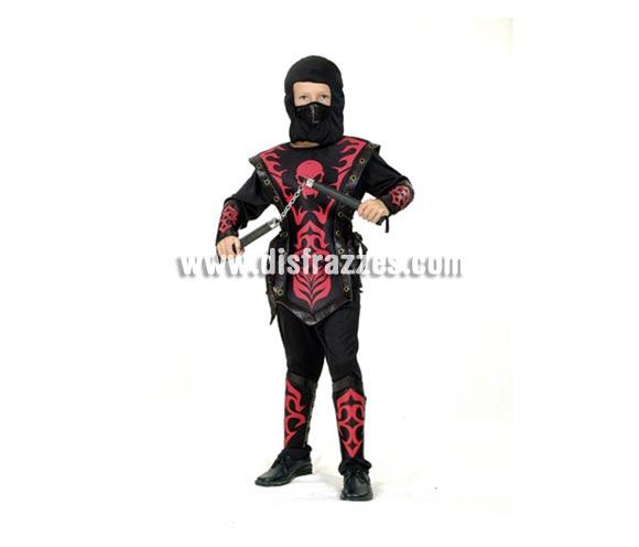 Disfraz de Ninja Rojo barato para Carnaval. Talla de 10 a 12 años. Incluye capucha, máscara, camiseta, armadura, pantalón, tiras para la cintura, protectores de brazos y piernas y tiras para brazos y piernas. Luchako NO incluido, podrás verlo en la sección de Accesorios.