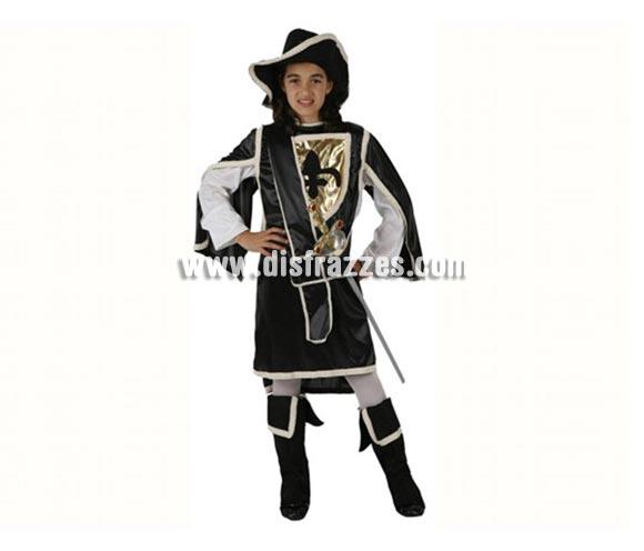 Disfraz de Mosquetera Negro para niñas de 5-6 años. Incluye traje, cubrebotas y sombrero. Espada NO incluida, podrás encontrar espadas en la sección de Complementos.