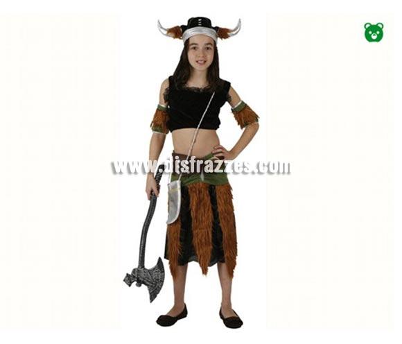 Disfraz de Vikinga para niñas de 3-4 años. Incluye falda, top, cubrebrazos y gorro. Hacha No incluida, podrás encontrar hachas en la sección de Complementos.