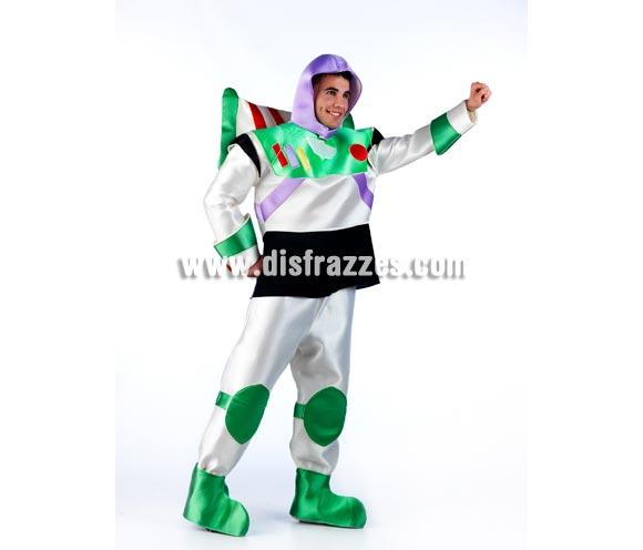 Disfraz de Buzz para hombre. Disponible en varias tallas. Incluye gorro, camisa, pantalón, cubrebotas y alas. Disfraces para Grupos, Peñas y Comparsas.