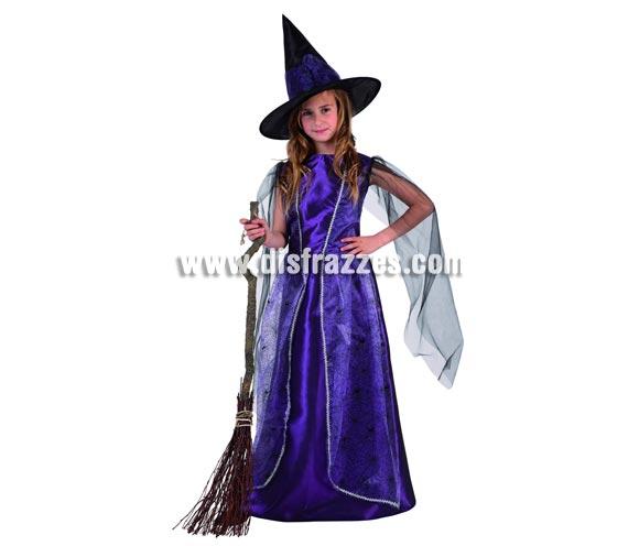 Disfraz de Bruja Púrpura lujo para niña. Talla de 5 a 6 años. Incluye vestido y sombrero. Escoba NO incluida, podrás verla en la sección de Complementos.