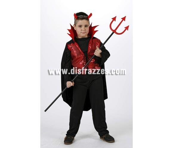 Disfraz de Demonio o Diablo rojo para niños. Talla de 7 a 9 años. Incluye pantalon, capa, chaleco, cuello y diadema. Tridente NO incluido, podrás verlo en la sección de Complementos.