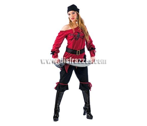 Disfraz de Pirata Calavera Deluxe para mujer. Alta calidad, hecho en España. Disponible en varias tallas. Incluye camisa, pantalón, cinturón y pañuelo. Espada NO incluida, podrás encontrar en nuestra sección de Complementos.
