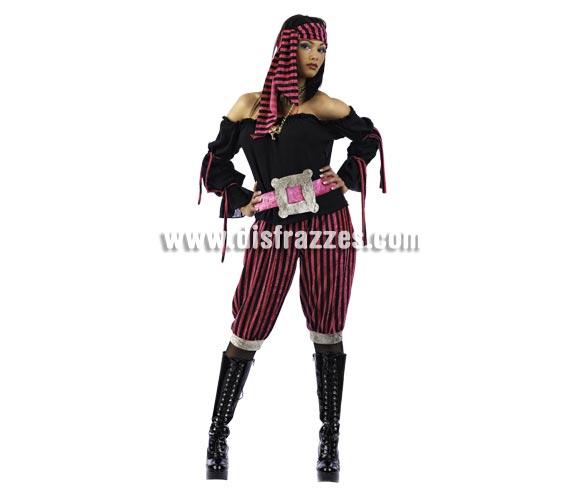Disfraz Pirata Rose Deluxe para mujer. Alta calidad, hecho en España. Disponible en varias tallas. Incluye camisa con cinturón, pantalón y pañuelo.