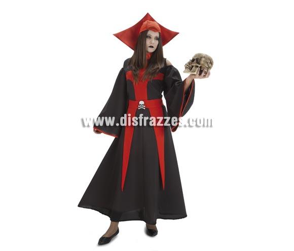Disfraz de Gótica para mujer. Talla única de mujer. Incluye vestido, cinturón y cuello. Calavera NO incluida, podrás verla en la sección de COmplementos. La pareja de éste disfraz es la ref. 91504-45.