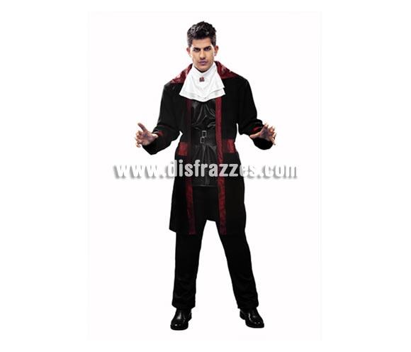 Disfraz de Conde Drácula para hombre. Talla Standar = 52/54. Incluye abrigo, pechera, cinturón y pantalón.