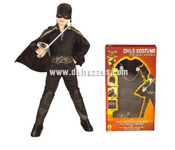 Disfraz del Zorro en caja con accesorios para Carnaval. Talla de 8 a 10 años. Incluye camisa, pantalones, cubrebotas, capa, bandana para la cabeza con atifaz y cinturón de EVA. Disfraz con licencia con presentación en caja ideal para regalo. Éste disfraz es ideal para Carnaval y para regalar en Navidad, en Reyes Magos, para un Cumpleaños o en cualquier ocasión del año. Con éste disfraz harás un regalo diferente y que seguro que a los peques les encantará y hará que desarrollen su imaginación y que jueguen haciendo valer su fantasía.  ¡¡Compra tu disfraz para Carnaval o para regalar en Navidad o en Reyes Magos en nuestra tienda de disfraces, será divertido!!