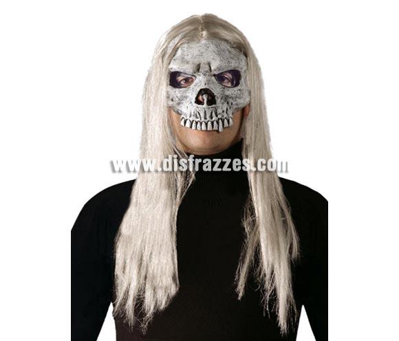 Media Careta de Calavera con pelo. Ideal para poder beber en Halloween sin tener que quitártela.