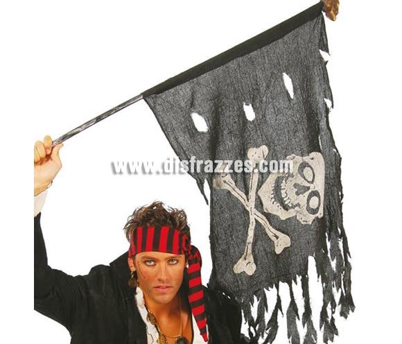 Bandera Pirata 122x60cm. Ideal como complemento de tu disfraz de Pirata y para decoración de Halloween.