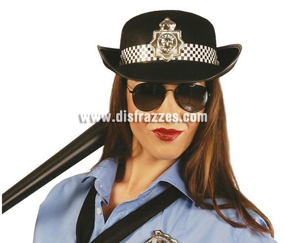 Sombrero fieltro Policía. Nos lo han comprado para alguna Despedida de Soltera y ha sido un éxito, junto con unas gafas queda genial, lleváis un complemento y no es nada engorroso.