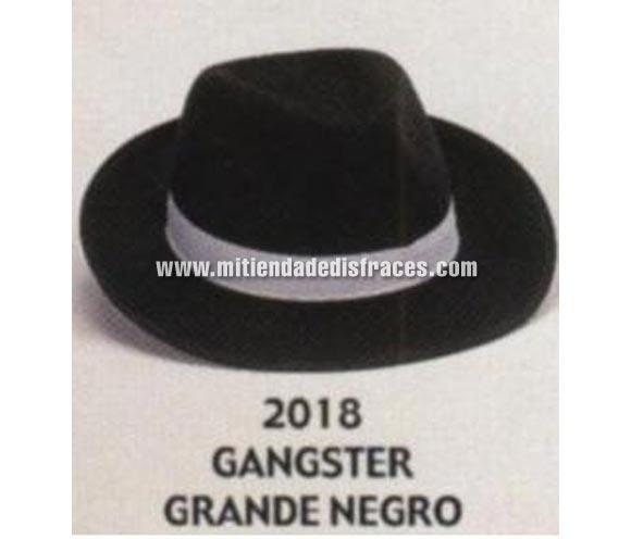 Sombrero de Ganster grande negro con cinta blanca. Buena calidad, fabricado artesanalmente en España. Posibilidad de ajuste de precio para grupos. Sombrero de Michael Jackson.