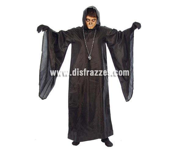 Disfraz de Muerte adulto para Halloween barato. Talla única 52/54. Incluye Túnica con capucha. Guantes NO incluidos, podrás verlos en la de sección Complementos. ¡¡Cómpranos tu disfraz para Halloween, será divertido!!