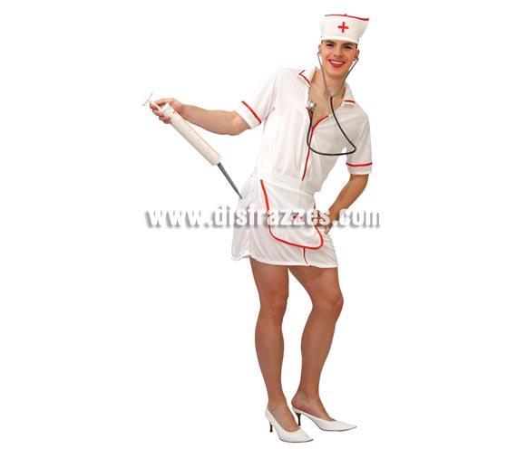 Disfraz barato de Enfermera hombre adulto para Carnaval. Talla única 52/54. Incluye cofia, vestido y delantal. Jeringuilla y estetoscopio NO incluidos. Podrás verlos en la sección Complementos.  ¡¡Compra tu disfraz para Carnaval en nuestra tienda de disfraces, será divertido!!