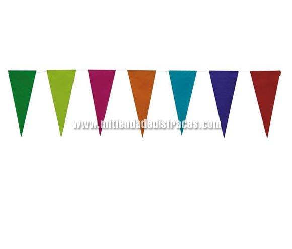 Tira de Gallardete de papel de 10 mts. Ideal para decorar en una fiesta de cumpleaños.