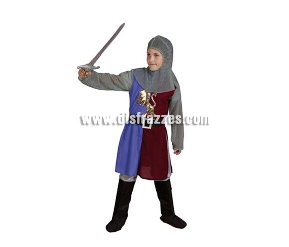 Disfraz de Caballero Medieval Azul-Granate barato para niño. Talla de 5 a 6 años. Incluye verdugo, casaca, cinturón y pantalones-botas de tela. Espada NO incluida, podrás verla en la sección de Complementos.