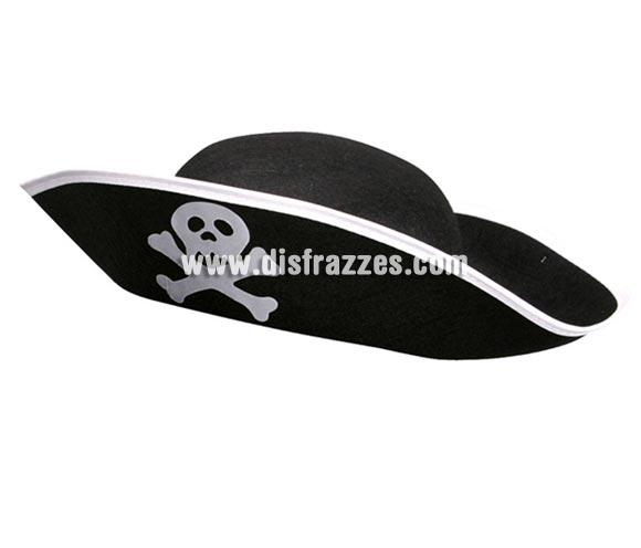 Sombrero Pirata de fieltro adulto para Carnaval. El complemento ideal para tu disfraz de Pirata. También nos los han pedido para Despedidas de Soltero o Soltera.