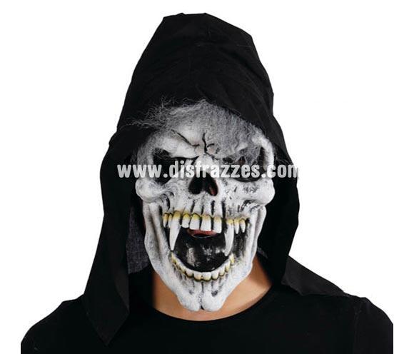 Careta o Máscara de Calavera con colmillos y con capucha para Halloween.