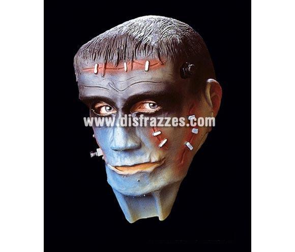 Careta o máscara de Frankenstein de cabeza entera para Halloween. Ideal como complemento de tu disfraz de Halloween para ir de Fiesta a Pub's, Discotecas, Casas particulares o Restaurantes y ayudar a crear un ambiente terrorífico y tenebroso en la Fiesta de Halloween.