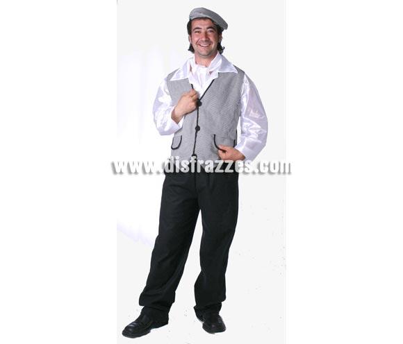 Disfraz de Chulapo adulto para la Feria de San Isidro. Alta calidad. Hecho en España. Talla única 52/56. Incluye gorra, pañuelo, camisa, chaleco y pantalón.