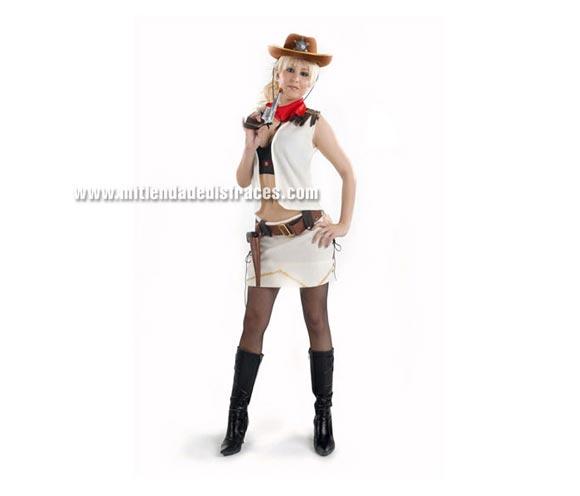 Disfraz de Vaquera Sexy adulta. Talla Standar M-L = 38/42. Incluye chaleco, falda, sombrero y cinturón con cartuchera. Pistola NO incluida.