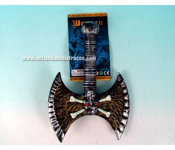 Hacha guerrero calavera de 24x36,5 cm.