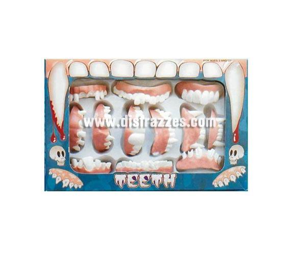 Caja completa de dentaduras. Contiene 12 modelos surtidos en cada caja.