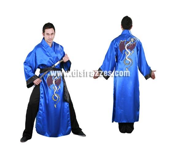 Disfraz barato de Samurai adulto. Talla standar M-L 52/54. Incluye Kimono, pantalón y cinturón. Espada NO incluida, podrás verla en la sección de Complementos.