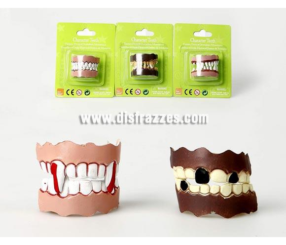 Dentaduras de Monstruo baratos para Halloween. Tres modelos surtidos, precio por unidad.