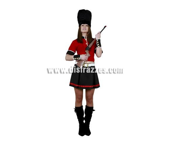 Disfraz barato de Guardia Inglesa adulta. Talla Standar M-L = 38/42. Incluye sombrero, chaqueta, cinturón, falda y muñequeras. Rifle NO incluido. Disfraz de Soldado Inglés Sexy para mujer.