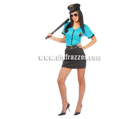 Disfraz de Policía de Playa adulta para Carnaval. Talla única 38/40. Incluye gorra, camisa, cinturón y falda. Porra y gafas NO incluidas, podrás verlas en la sección Complementos. Disfraz de Policía Sexy para mujer.