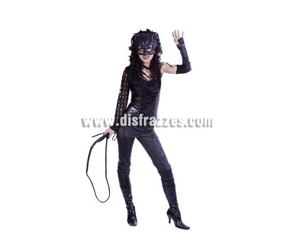 Disfraz de Cat Woman adulta para Carnavales y para despedidas de Soltera. Talla única 40/44. Accesorios NO incluidos.