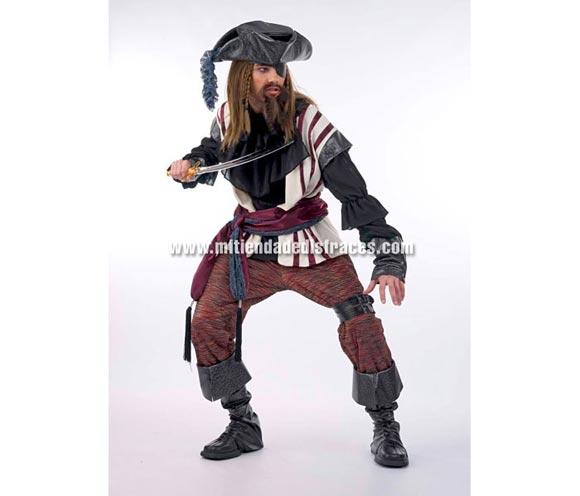 Disfraz de Pirata Corsario Extralujo. Alta calidad en telas y acabados. Fabricado en España. Disponible en varias tallas. Incluye camisa, pantalón, cubrebotas, sombrero, fajín, chaleco, parche y adorno de la pierna. Espada NO incluida, podrás verla en la sección Complementos.