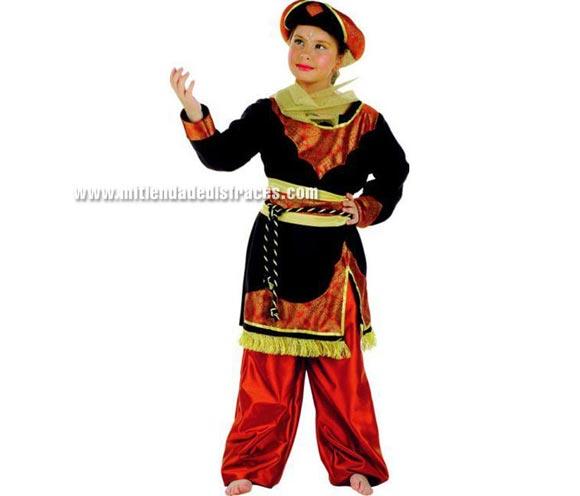 Disfraz de Jazmín Caldera infantil Deluxe. Hecho en España. Disponible en varias tallas. Incluye casaca, pantalón, cinturón y turbante. Disfraz de Paje para Cabalgatas de Reyes en Navidad.